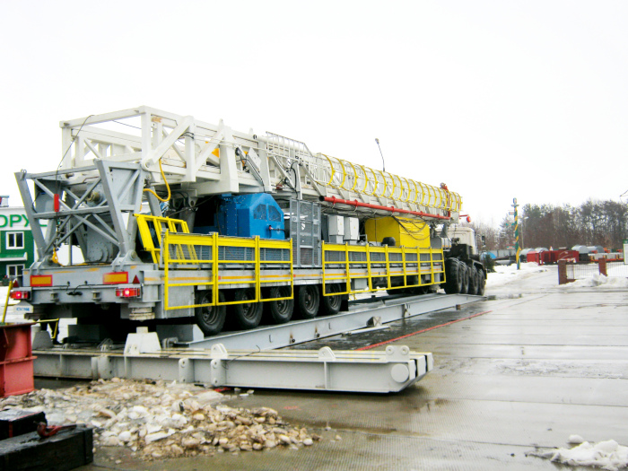 ARS-225 mobile drilling rig